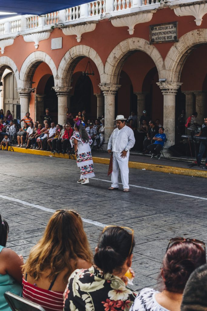 street performers in merida mexico